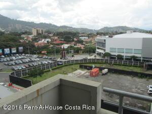 Apartamento En Venta En Trejos Montealegre, Escazu, Costa Rica, CR RAH: 16-246