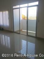 Apartamento En Alquiler En Pozos, Santa Ana, Costa Rica, CR RAH: 16-264