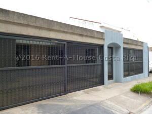 Casa En Venta En San Jose, San Jose, Costa Rica, CR RAH: 16-293