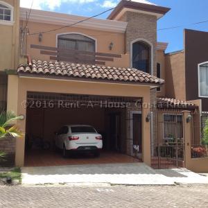 Casa En Venta En San Juan, La Union, Costa Rica, CR RAH: 16-374
