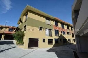 Condominio En Ventaen Sanchez, Curridabat, Costa Rica, CR RAH: 16-383
