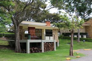 Apartamento En Ventaen Santa Ana, Santa Ana, Costa Rica, CR RAH: 16-412