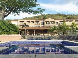 Apartamento En Ventaen Pozos, Santa Ana, Costa Rica, CR RAH: 16-452