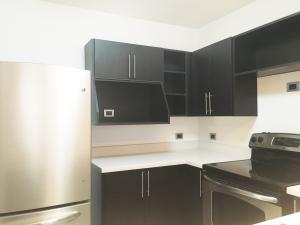 Apartamento En Alquiler En Santa Ana, Santa Ana, Costa Rica, CR RAH: 16-476