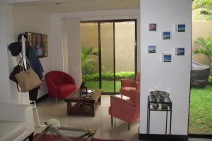 Casa En Alquiler En Pozos, Santa Ana, Costa Rica, CR RAH: 16-491