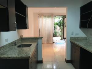 Casa En Alquiler En Pozos, Santa Ana, Costa Rica, CR RAH: 16-549