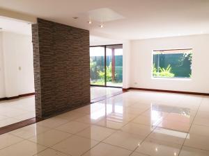 Casa En Venta En Guachipelin, Escazu, Costa Rica, CR RAH: 16-560