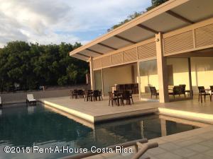 Apartamento En Alquiler En Santa Ana, Santa Ana, Costa Rica, CR RAH: 16-567