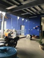 Edificio En Alquiler En Pozos, Santa Ana, Costa Rica, CR RAH: 16-570