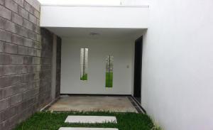 Casa En Alquiler En Santo Domingo, Santo Domingo, Costa Rica, CR RAH: 16-599