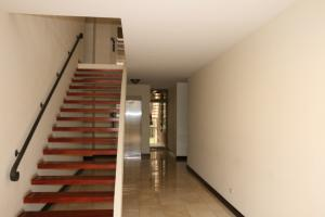 Apartamento En Alquiler En Escazu, Escazu, Costa Rica, CR RAH: 16-611