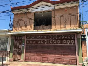 Casa En Venta En Desamparados, Alajuela, Costa Rica, CR RAH: 16-641