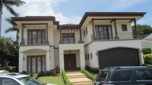 Casa En Alquiler En Santa Ana, Santa Ana, Costa Rica, CR RAH: 16-642
