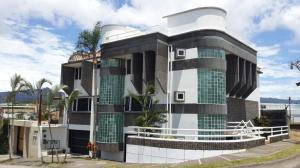 Edificio En Venta En Curridabat, Curridabat, Costa Rica, CR RAH: 16-644