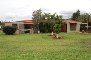 Casa En Venta En Alajuela, Alajuela, Costa Rica, CR RAH: 16-665