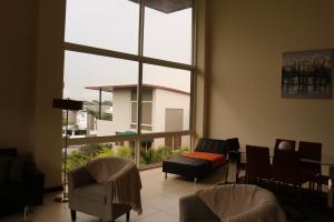 Apartamento En Venta En Santa Ana, Santa Ana, Costa Rica, CR RAH: 16-699