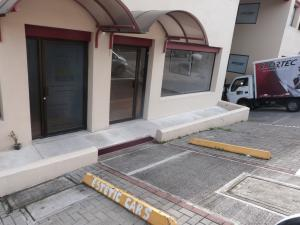 Local Comercial En Alquiler En Guachipelin, Escazu, Costa Rica, CR RAH: 16-710