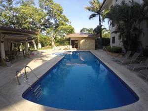 Apartamento En Alquiler En Santa Ana, Santa Ana, Costa Rica, CR RAH: 16-734