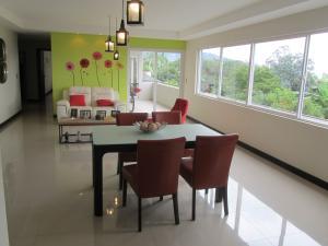 Apartamento En Alquiler En San Antonio, Escazu, Costa Rica, CR RAH: 16-749