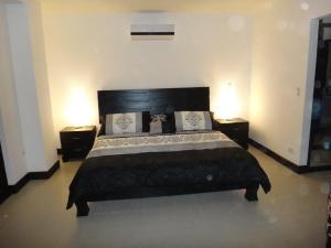 Apartamento En Alquiler En Santa Ana, Santa Ana, Costa Rica, CR RAH: 16-751
