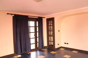 Casa En Alquiler En Bello Horizonte, Alajuelita, Costa Rica, CR RAH: 16-759