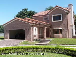Casa En Alquiler En Alajuela Centro, Alajuela, Costa Rica, CR RAH: 16-760