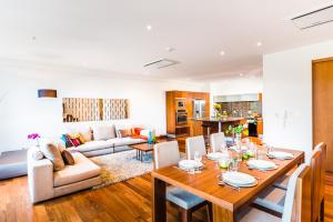 Apartamento En Alquiler En San Jose, San Jose, Costa Rica, CR RAH: 16-762
