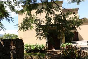 Casa En Alquiler En Villa Real, Santa Ana, Costa Rica, CR RAH: 16-764