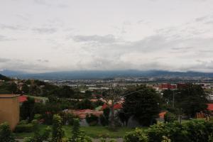 Casa En Alquiler En San Rafael Escazu, Escazu, Costa Rica, CR RAH: 16-787