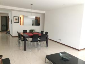 Apartamento En Alquiler En Escazu, Escazu, Costa Rica, CR RAH: 16-801