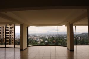 Apartamento En Alquiler En Escazu, Escazu, Costa Rica, CR RAH: 16-803