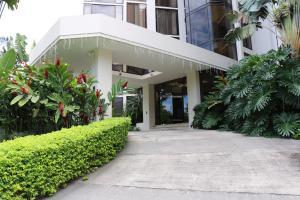 Apartamento En Alquiler En Escazu, Escazu, Costa Rica, CR RAH: 16-804