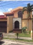 Casa En Alquiler En Santa Ana, Santa Ana, Costa Rica, CR RAH: 16-815