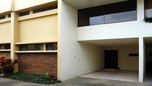 Casa En Alquiler En Sabana, San Jose, Costa Rica, CR RAH: 16-837