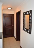Apartamento En Alquiler En Santa Ana, Santa Ana, Costa Rica, CR RAH: 16-841