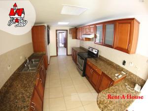 Casa En Alquiler En Santa Ana, Santa Ana, Costa Rica, CR RAH: 16-849