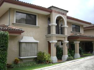 Casa En Alquiler En San Antonio, Escazu, Costa Rica, CR RAH: 16-850