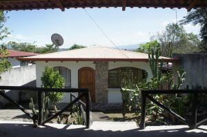 Casa En Venta En Atenas, Atenas, Costa Rica, CR RAH: 16-851