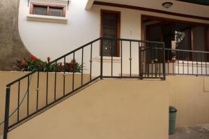 Casa En Alquiler En Belen, Belen, Costa Rica, CR RAH: 17-3