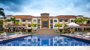 Apartamento En Alquiler En Santa Ana, Santa Ana, Costa Rica, CR RAH: 17-30