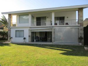Casa En Alquiler En Escazu, Escazu, Costa Rica, CR RAH: 17-33