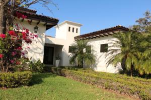 Casa En Alquiler En Santa Ana, Santa Ana, Costa Rica, CR RAH: 17-47