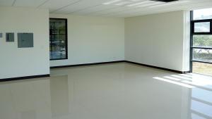 Oficina En Alquiler En San Rafael Escazu, San Jose, Costa Rica, CR RAH: 17-61