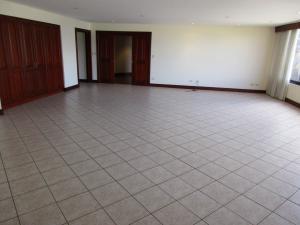 Apartamento En Alquiler En Escazu, Escazu, Costa Rica, CR RAH: 17-84