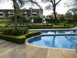 Apartamento En Alquiler En Pozos, Santa Ana, Costa Rica, CR RAH: 17-88