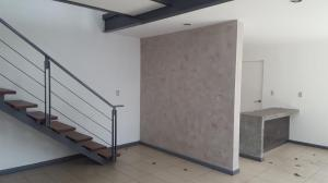 Apartamento En Alquiler En Escazu, Santa Ana, Costa Rica, CR RAH: 17-92