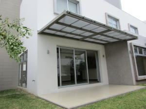 Casa En Alquiler En Pozos, Santa Ana, Costa Rica, CR RAH: 17-178