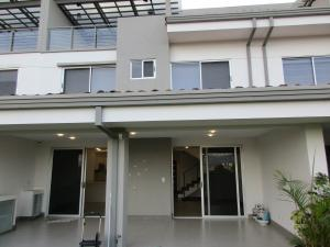 Casa En Alquiler En Escazu, Escazu, Costa Rica, CR RAH: 17-186