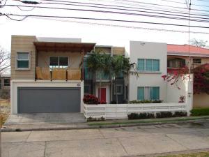 Casa En Alquiler En Santa Ana, Santa Ana, Costa Rica, CR RAH: 17-199