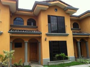 Casa En Alquiler En San Rafael Escazu, Escazu, Costa Rica, CR RAH: 17-204